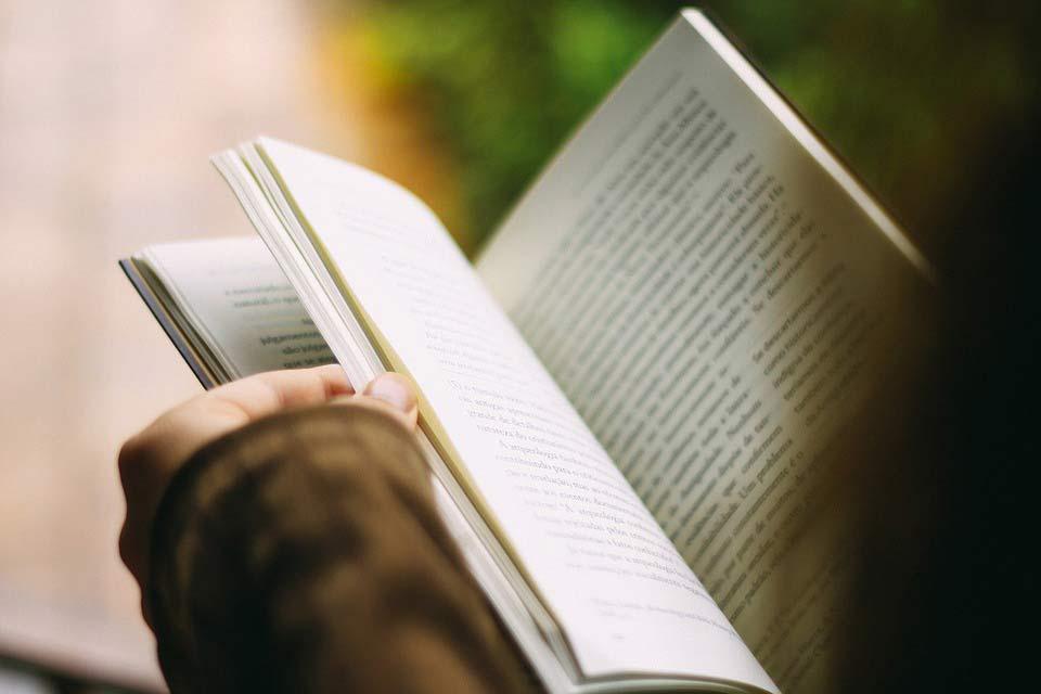 employee handbook benefits